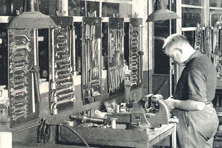historia de facom y sus herramientas