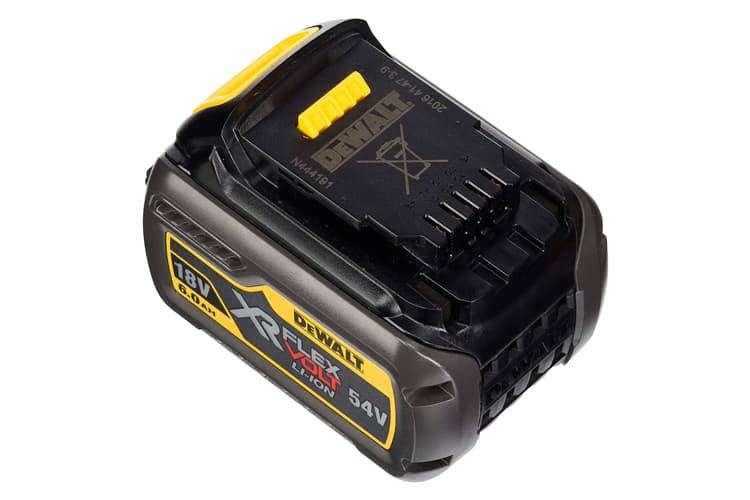 nueva batería dewalt
