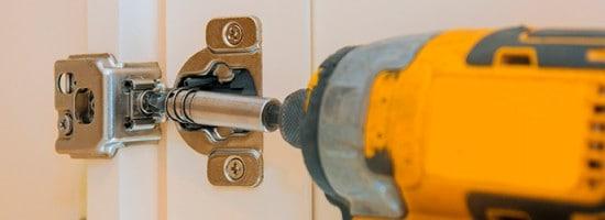 Guía de cómo usar un atornillador eléctrico
